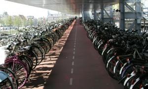Alemanha terá autoestrada exclusiva para bicicletas*