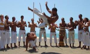 Capoeira, a arte marcial brasileira.
