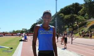 Núbia Soares bate pela quarta vez recorde mineiro de salto triplo!