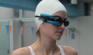 Empresa libanesa lança óculos de natação que monitora queima de calorias
