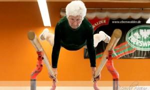 Johanna Quaas: A ginasta mais velha do mundo.