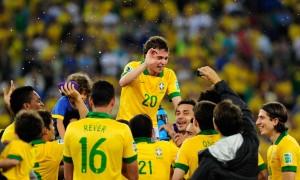 Saiba como foi o ano de 2013 para a Seleção Brasileira