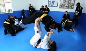 O Jiu-Jitsu utilizado como tratamento da  paralisia cerebral – Programa Ressoar.