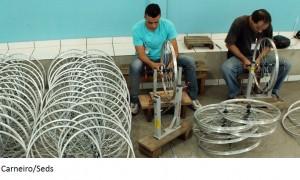 APAC do município de Lagoa da Prata monta 3 mil bicicletas por mês para indústria