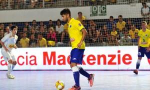 De virada, Brasil leva a melhor sobre Uruguai pelo Desafio Internacional de Futsal