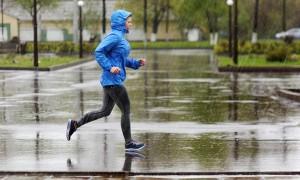Correr na chuva: quatro dicas para evitar problemas