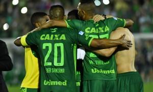 Futebol é mais que um jogo: Chapecoense deixa legado de união