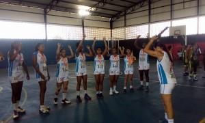 Cynthia Alves, atleta premiada no basquete, é entrevistada pelo Observatório e defende o esporte nas escolas