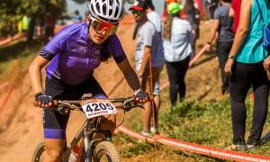 Para a mineira Júlia Gabrielle, esporte é companhia e oportunidade para novas amizades; confira a entrevista