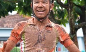 """Em entrevista ao Observatório, Cayo Oliveira declara paixão ao ciclismo e afirma: """"O esporte é minha vida"""""""