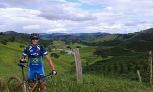 """De olho nas Olimpíadas, Edson Gilmar, do ciclismo, declara amor ao esporte: """"É meu estilo de vida"""""""