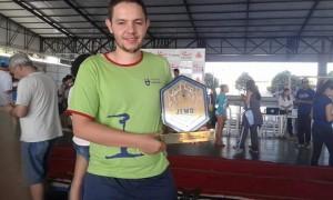Campeão como técnico na ginástica, Raphael Mendes aposta no JEMG para revelar novos talentos