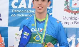 """Nove vezes campeão brasileiro, Pedro Pussieldi declara amor ao ciclismo BMX: """"É minha profissão!"""""""