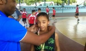 Para brilhar no basquete, Gilberto Júnior aposta na dedicação para que os obstáculos não vençam