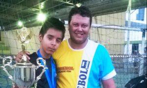 Adolescente Mantenense recebe bolsa de estudos e representará uma das maiores equipes de handebol do país