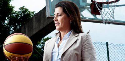 """Magic Paula alia agora a carreira de """"cestinha"""" com a de gestora de projetos esportivos."""