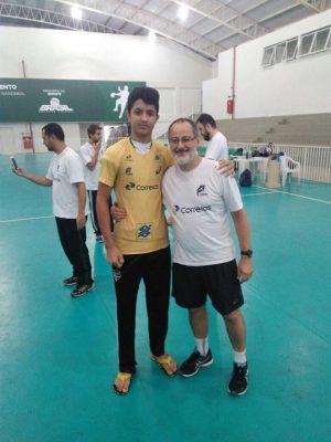 Abel com o técnico da Seleção Brasileira de Handebol, Washington Nunes