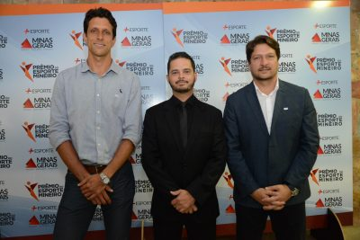 O tenista número 1 do mundo prestigiou o Prêmio do Esporte Mineiro, ao lado do seu técnico, Daniel Melo, e do secretário Arnaldo Gontijo. Foto: Marco Evangelista/Casa Civil