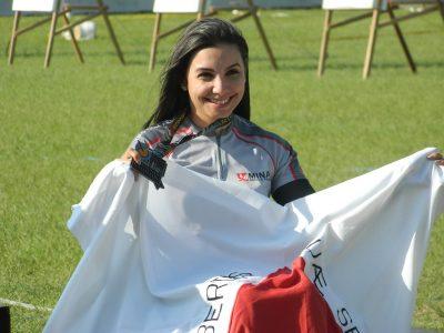 Vitória da atleta no Campeonato Brasileiro de tiro com arco. (Foto: Paulo Braga)