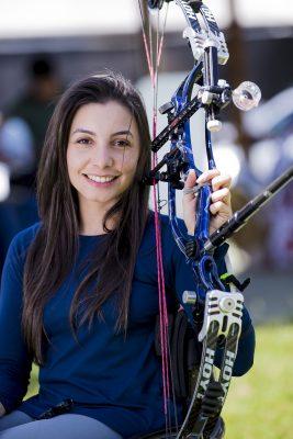 Anne Pacheco, campeã brasileira Indoor de tiro com arco (Foto: Roberto Benatti)