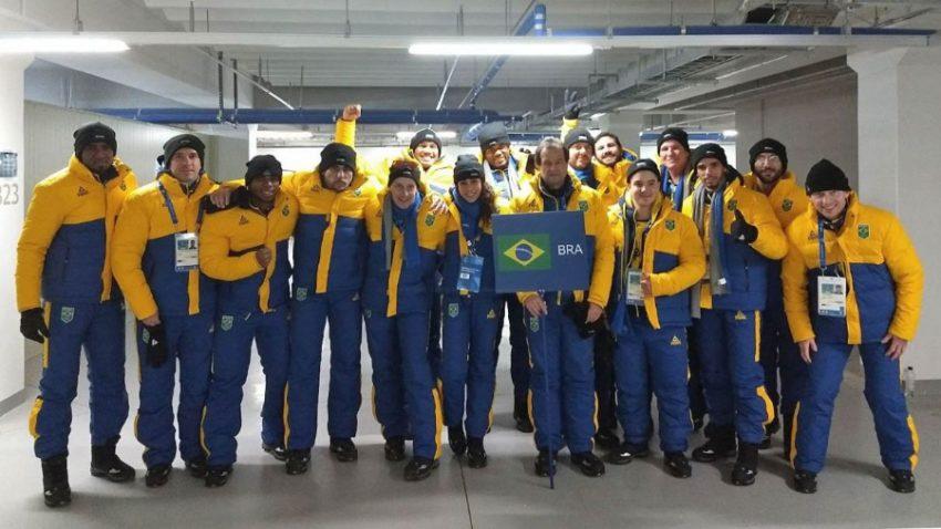 O Time Brasil foi a 33ª delegação a desfilar e foi uma das mais aplaudidas pelos coreanos. (Foto: Christian Dawes/COB)