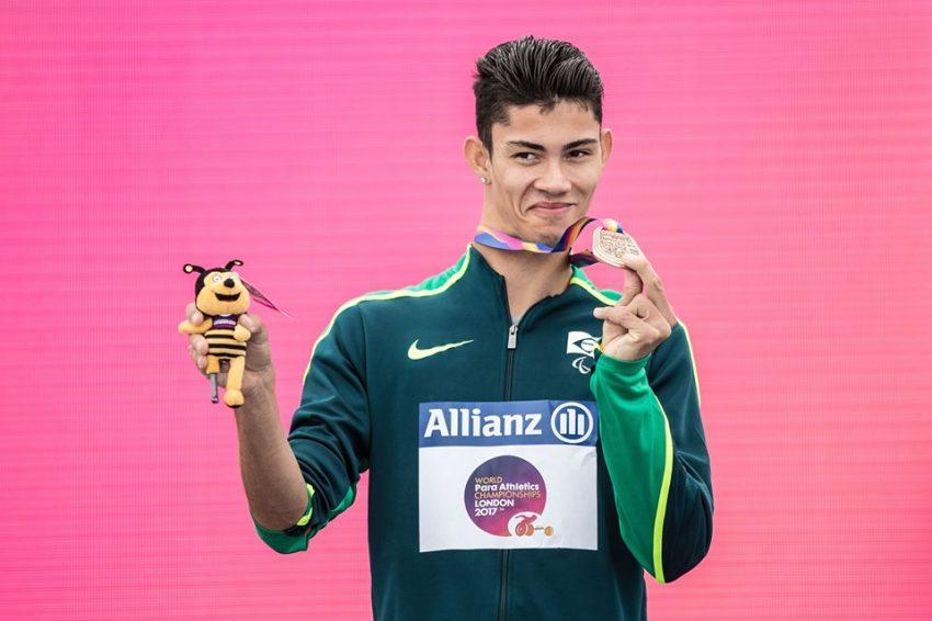 Premiação dos 100 metros rasos no Mundial de Atletismo de Londres em 2017 (Foto: Comitê Paralímpico Brasileiro - CPB)