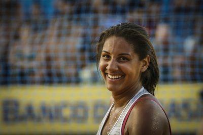 Apesar do pouco tempo de carreira, Ana Patrícia construiu trajetória vitoriosa. (Foto: Inovafoto/CBV)