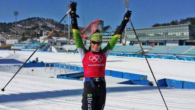 Jaqueline Mourão durante treino em PyeongChang. Foto: Roberto Nahom/COB