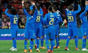 Brasil passa no primeiro teste pré-Copa e bate a Rússia por 3 a 0