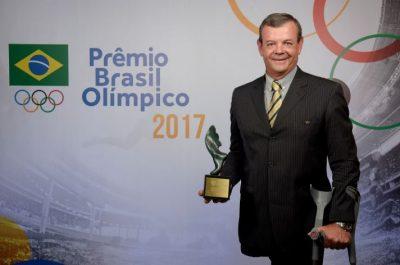 Lars Grael foi homenageado com o Troféu Adhemar Ferreira da Silva (Alexandre Loureiro/Exemplus/COB)