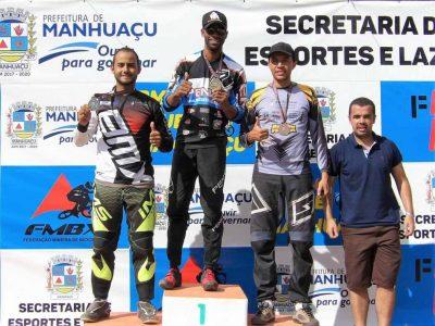 Francisco no topo do pódio Foto: Divulgação/ Prefeitura de Pirapora