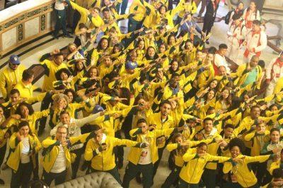 Delegação brasileira presente na Gymnasiade Crédito: Divulgação/ Secretaria de Educação